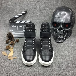 Wholesale The new trend of fashion and personality popular logo PP rivet high to help the men s leather shoes leather Velcro tightness