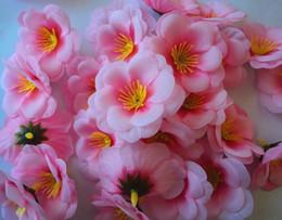Descuento las cabezas de flor clips Artificial 6cm flor de ciruelo de seda de melocotón Sakura cabeza de cereza Cabeza de flor de la boda suministros florales para nupcial Hair Clips Headbands Dress