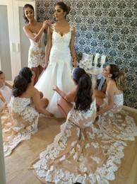 Descuento sin tirantes damas de alta-baja de vestir Vestido de dama de honor de encaje de 2016 Elegante piso de longitud alto-bajo vestidos formales para bodas Vestidos de dama de honor largos sin tirantes