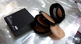Capas base en venta-Base caliente de la marca de fábrica El ópalo negro compacto ligero en polvo 2 capas de polvo seco y 1 capa de maquillaje en polvo húmedo
