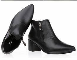2017 botas altas de tacón hombres señalaron dedos de los pies 2017 de los hombres de la alta calidad cubana del talón del winklepicker de la manera los zapatos de cuero punteados del dedo del pie del zurriago botas altas de tacón hombres señalaron dedos de los pies promoción