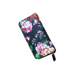 Wholesale HUIPIN Newest Advanced design Fashion Women purse Zipper Around wallet Flower pattern female Wallets Handbags Retro Brand wallet