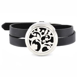 Free with Felt Pads! 316L stainless steel twist open 30mm essenital oil diffuser locket bracelet with leather design