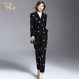 Free shipping 2017 fall winter high quality brief fashion embroider office lady two piece suits high worthing