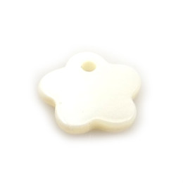 100pcs White Flower Shape Pendants 12mm For Jewelry Making DIY From Nature Mother of Pearl Shell