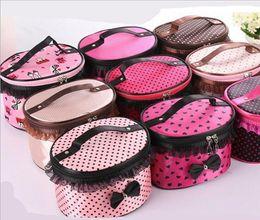 Promotion mélanger le cas de la mode Sacs cosmétiques à la mode Dots Dentelle Bowknot Sacs à maquillage Sacs à grande capacité Sacs à main portables sac à main mélangeur couleurs miroir Gagnant de lavage