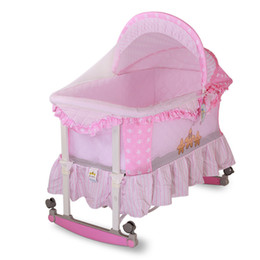 Wholesale Hot Sales Years Baby Cradle Multifunction Newborn Sleeping Bed Infant Rocking Wheeled Crib with Mosquito Net VT0410