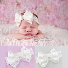 Descuento bandas para la cabeza de encaje blanco para bebés Cintas recién nacidas del arco de las vendas del cordón del bebé Cintas impresas florales del pelo de los cabritos Cintas blancas puras del Bowknot de los niños Accesorios del pelo de los cabritos