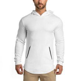 Wholesale- fashion men t shirts long for men cotton t shirt long sleeve casual sport men tag label