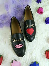 Broderie chaussures plates en Ligne-Meilleure version! U721 40 2 couleurs cuir véritable broderie flats loafer chaussures fleur serpent coeur lèvres noir blanc g 2017 boyish élégant