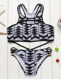 2017 tankini negro xl 2017 Nueva ropa de playa Racerback recortado Bikini Set traje de baño Negro Padded Wire Free Geometric Impreso Push Up tankini negro xl en venta