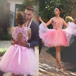 Charming Pink Tulle Short Homecoming Dresses Sleeveless 3D Flowers Top Open Back Custom Made Cocktail Party Gowns Short Prom Dress