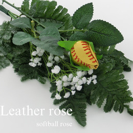 Rosas graduación online-2017 Softball Roses - Softball- rosas- bouquet- fastpitch- graduación- seniors- softball regalos- fastpitch softball