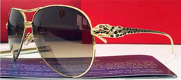 Франция человек Онлайн-новых мужчин бренда пилот дизайнер солнцезащитных очков очки гальваническим большой кадр шику логотип ноги животное T8200991 Франция дизайнер леопард ретро-стиле золото