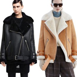 Wholesale Leather suede aviator jacket Profile lambs wool convertable fur collar washed leather jackets couples shearling coat women men
