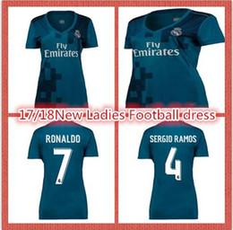 17 18 new women's football suits RONALDO KROOS CARNAJAL BENZEMA BALE white soccer girls girls short-sleeved clothes