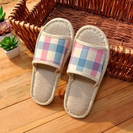 Pantalons en lin Plaid Pantalons d'été pour hommes / femmes Amoureux Intérieur / extérieur Caoutchouc Soles Chaussons Chaussures Slides Vente en gros SLIPP-11 à partir de semelles de pantoufles de gros fabricateur