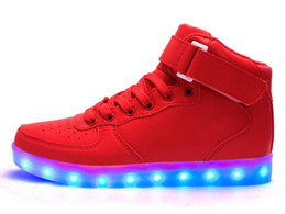 Acheter en ligne Enfants enfants chaussures ailées-Enfants Usb Charging Led Light Chaussures Sneakers Enfants Light Up Shose avec des ailes Luminous Lighted Boy Girl Chaussures Chaussure Enfant