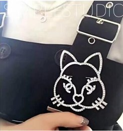 Wholesale The new Europe and the United States custom galeries lafayette cat drill during brooch plated platinum diamond brooches