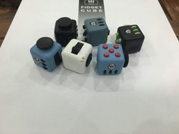 Wholesale 6 color new fidget cube Keychains the worlds first American original decompression anxiety toys Key ring C1670