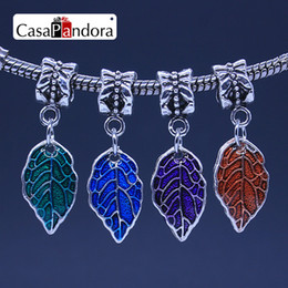 CasaPandora 4 Colors Silver-colored Colored Leaf Shape Pendant Fit Bracelet Charm DIY Enamel Jewelry Making Pingente Berloque Wholesale