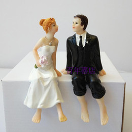 Resin crafts, cake decorations, wedding room decoration, wedding scene props, resin dolls, dolls