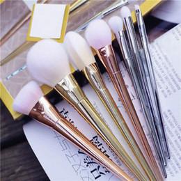 Nouveau 7pcs maquillage pinceaux cosmétiques Set poudre Foundation Eyeshadow Lip Brush Tool à partir de brosses 7pcs fournisseurs