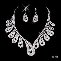 Mariage met en vente en Ligne-15042 Cheap Hot Sale Femmes Bridal Wedding Pageant Rhinestone collier Boucles d'oreilles Ensembles de bijoux pour les bijoux de fête de mariée