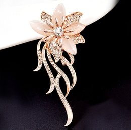 Fashion Weeding Gifts Opal Stone Flower Brooch Pin For Women Garment Accessories Jewelry Brooch Rhinestone Pins Jewelry Gifts BG