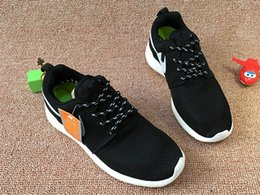 2017 Hot Sell Summer Mesh Breathable Run Men Women Casual Shoes,Fashion Black White Travel Shoes