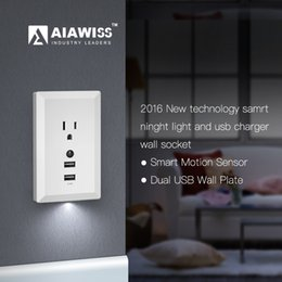 Wholesale AIAWISS LED Night Light with Automatic Dusk to Dawn Sensor and V A Dual USB Wall Plate Charger Wall socket