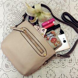 Liquidation en vente Crossbody Bag Hot Sell Flap City Fashion Petite Débardeur Lady Preppy MINI Sac PU Cuir Vintage Black Shoulder Bag HD-70168A à partir de dame ville fournisseurs
