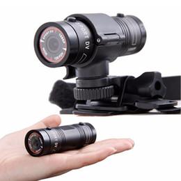 Promotion caméra de voiture de vélo 2016 Hot Mini F9 Caméra HD Bike Moto Casque Sport Action Caméra Vidéo DV Caméscope Full HD 1080p Car Video Recorder