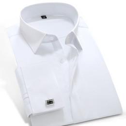Promotion boutons de manchette de smoking Vente en gros-2016 Hommes manches longues blanc-solide Poplin chemise avec poignets français 100% coton Slim-fit bonne chemise de smoking (boutons de manchette inclus)