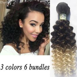 Promotion vague d'eau armure bouclée Boucles d'oreilles ondulées Kinky cheveux ondulés Cheveux blonds colorés Weave tissus synthétiques cheveux 200G 6PCS ZS023