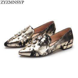 Las mujeres atractivas de oro en venta-ZYZMNSYP Estilo británico ocasional de los zapatos de los planos del estilo del oro de plata de las mujeres Zapatos de los zapatos de dedo del pie señalados manera de las mujeres del verano del otoño de las señoras de la mujer
