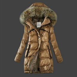 Promotion manteau d'hiver col de fourrure véritable Femmes Nouveau hiver manteau long manteaux épais Parkas plus grande taille Real Raccoon fourrure Collier capuche Outwear mi-long