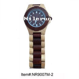 fashion round red wood light color wood wristwatch