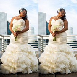 Wholesale 2017 Plus Size Mermaid Wedding Dresses Ruched Draped Robe De Marriage Sweetheart Floor Length Long Bridakl Gowns Dubai Arabic