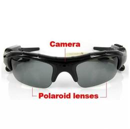 Acheter en ligne Caméscopes mini--8GB caméra de lunettes de soleil bluetooth 4 en 1 lecteur MP3 DVR mini caméscope caméscope enregistreur vidéo Livraison gratuite