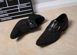 2017 chaussures robe de moine Nouveaux hommes en cuir véritable Chaussures Boucle Oxfords Glitter Business Mariage Chaussures italiennes Chaussures noires Hommes Chaussures Monk Chaussures Hommes