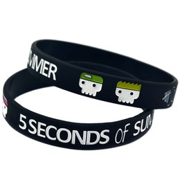 Wholesale 100PCS Lot 5 Seconds Of Summer Silicone Wristband Fashion Bracelet For 5SOS Music Fans Gift