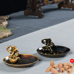 Wholesale Ceramic Buddhist Cone Magic Backflow Smoke Incense Burner Holder Sandal Wood Air Fresheners Coil Censer Stove with Cones Free Z00D906