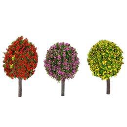 Цветковые деревья для продажи-30 шт Смешанные 3 цвета 1: 100 Шкала в форме шара Цветочные деревья Модель Поезд Макет Сад Декорация Пейзаж Деревья Миниатюрная диорама