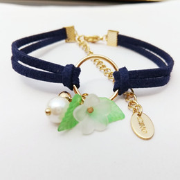 The new spring and summer in Japan and South Korea version of double cord simple fashion all-match Pearl Bracelet Campanula flower leaves fe