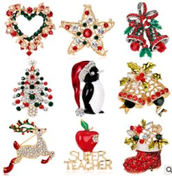 Wholesale Brooch brooches Pins Christmas tree on Christmas day Boots snowman corsage Santa sleigh bells penguin series fashion pin jewelry for gift