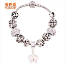 Bangle Fashion Women Crystal Charm Cuff Bracelet NEW HOT Rhinestone Pearl Crystal Bracelet Silver Plated Diamond Bracelet