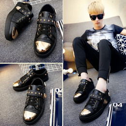 Wholesale Men Casual Shoes New Popular Men Fashion Shoes Flexible Sneakers Men Thick Board Shoes Wear resistant Shoes Men Mens Shoes Sales