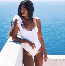 2017 One Piece Swimsuits Sexy Women Swimwears Backless BODYSUIT One Shoulder Strap Decorated 3D Flowers NO PADs Summer Bikinis FS1445