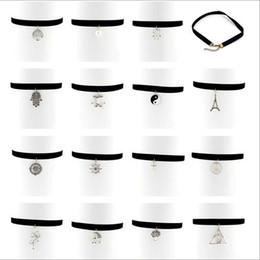 Wholesale Necklaces Pendants Jewelry Fashion Women Vintage Brief Punk Antique Silver Plated Pendants Black Velvet Chokers Wholeslae SN883